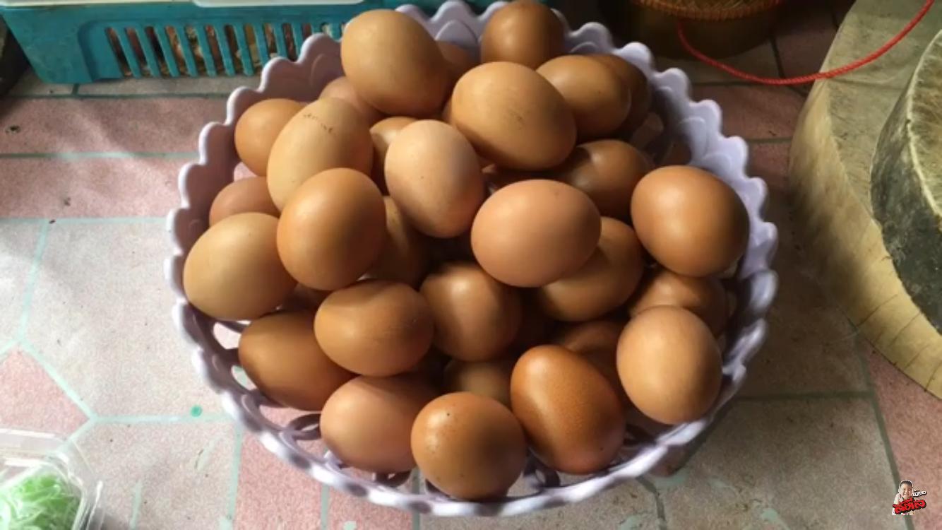 ไข่ไก่เยอะมากๆ